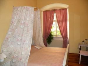 DZ der Arkadenhofzimmer im Hotel Schloss Zeilitzheim (Foto: Alexander von Halem)